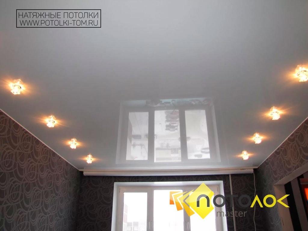 Натяжные потолки белые фото