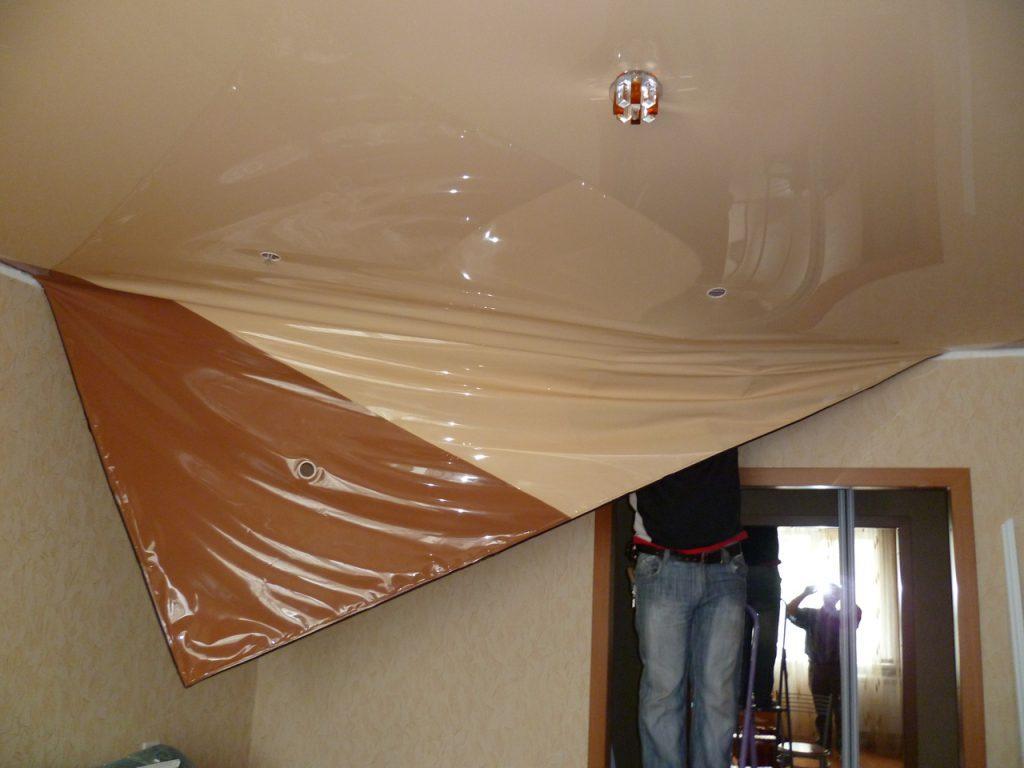 Ремонт натяжных потолков в Томске, слив воды с потолка, ремонт и замена ПВХ полотен.
