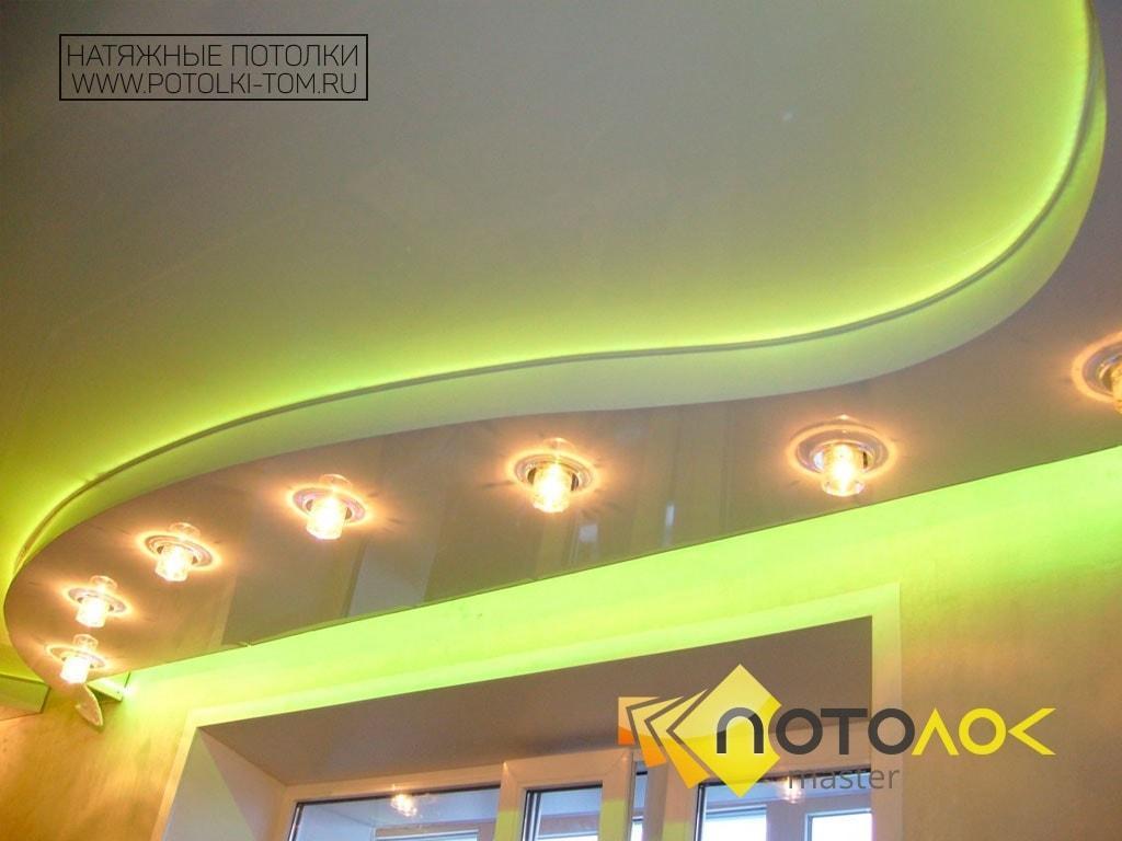 Натяжной потолок с подсветкой фото