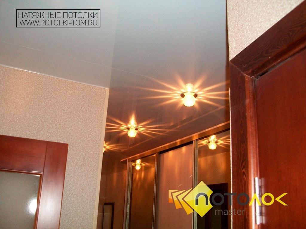 Натяжной потолок в коридоре цена в Томске и Северске. Рассчитать стоимость натяжного потолка.