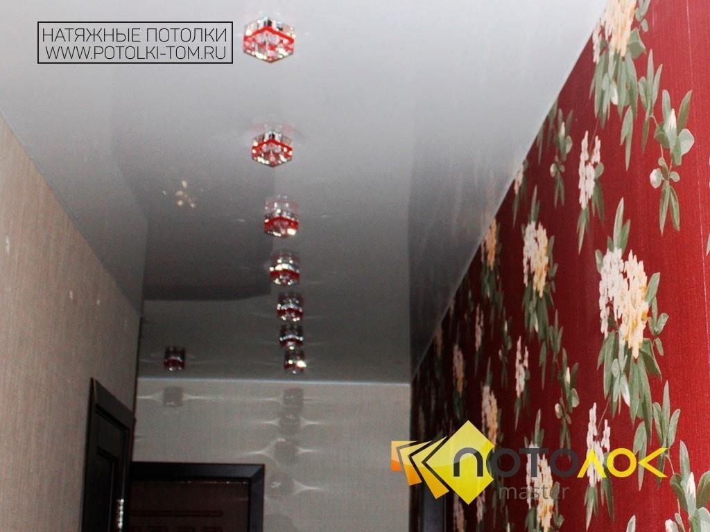 Фото натяжных потолков в прихожей, компания производитель Потолок Мастер.